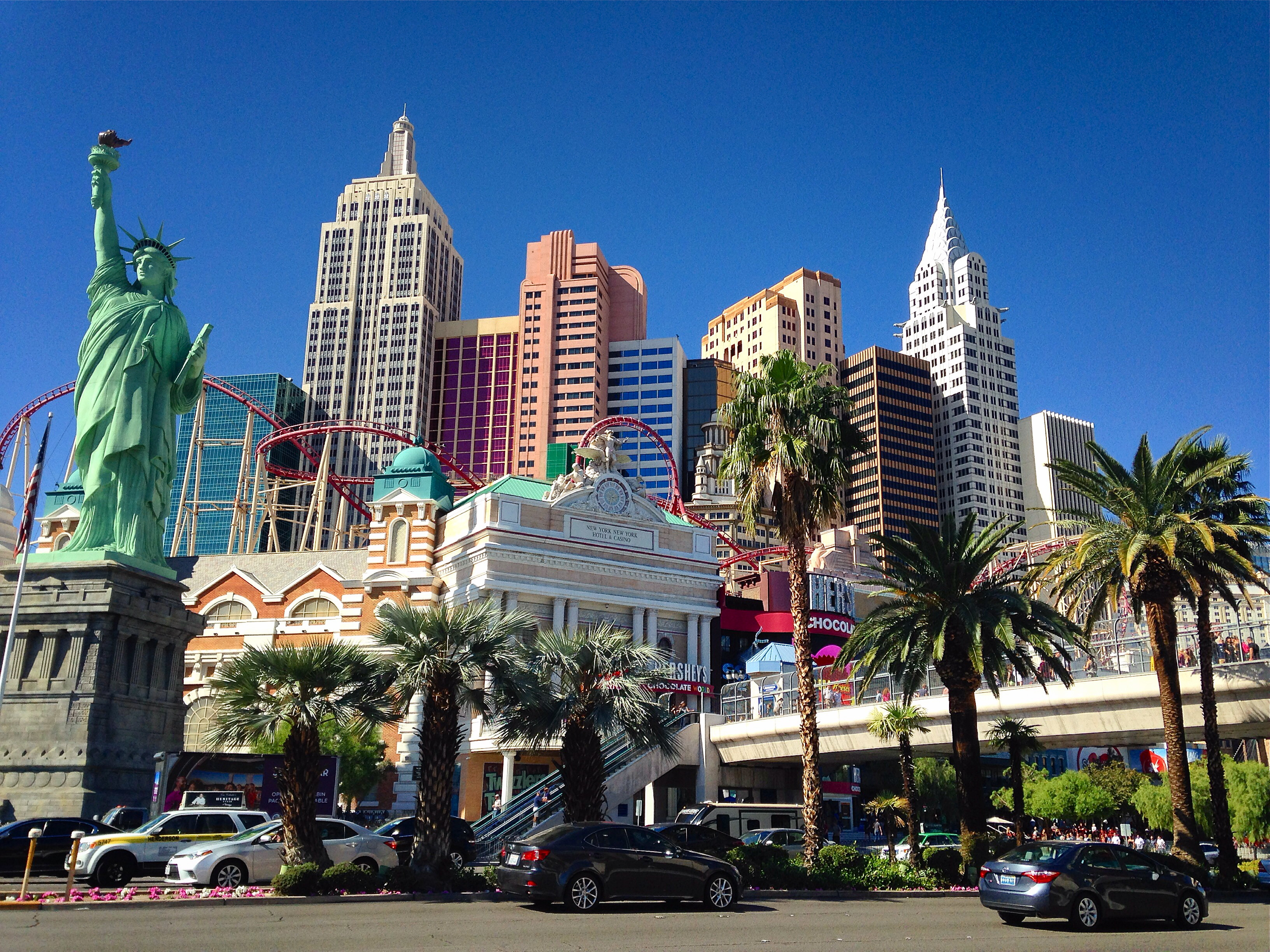 A Guide to the Hotels and Casinos on the Las Vegas Strip ...